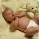 Развитие ребенка в 3 месяца. Что он умеет?