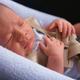 Как обезопасить новорожденного в дороге?