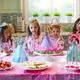 Как украсить стол на день рождения ребенка?