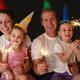 Встречаем Новый год с детьми. Откуда новогодние подарки?