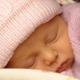 Прогулки с новорожденным в теплое и холодное время года