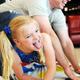 Твистер – семейная игра. Как играть в Твистер?