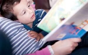 когда знакомить ребенка с книгой