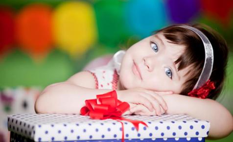 Какой подарок сделать ребенку на 2 года