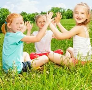 игры для знакомства лагеря малышей