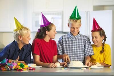 смешные конкурсы на день рождения для детей 14 лет, день рождения 14 лет