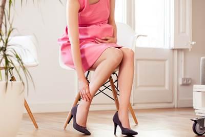 Каблуки и беременность: почему беременным нельзя ходить на каблуках