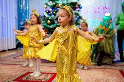 Сценарий новогодней сказки утренника в детском саду для старшей группы 237