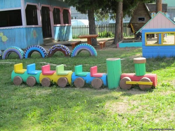 оформление клумб в детском саду, украшение территории детского сада своими руками