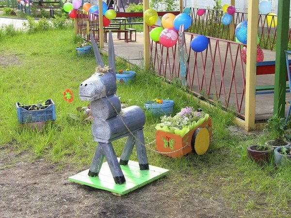оформление веранды в детском саду своими руками, клумбы в детском саду