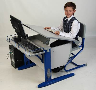 школьный стол для первоклассника фото
