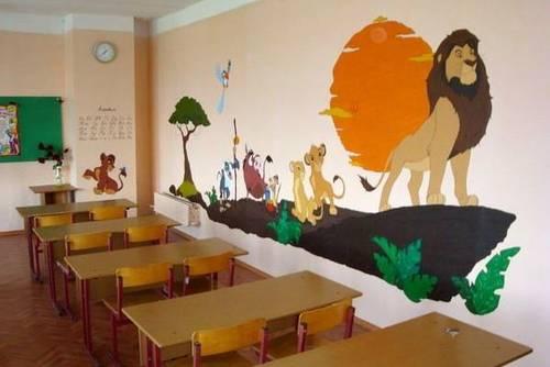 оригинальное оформление стен в классе