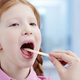 Полоскания при боли в горле у детей