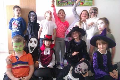 страшные конкурсы на хэллоуин в школе