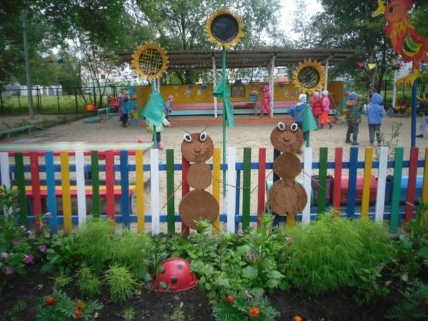 оформление участка в детском саду, оформление участков ДОУ летом