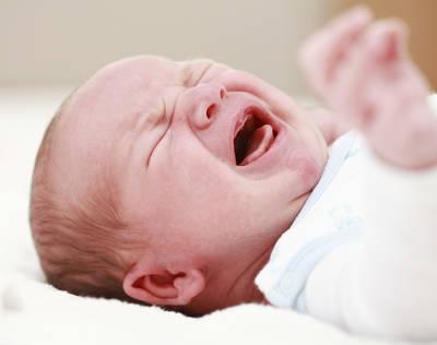 запоры у грудных детей, что делать при запоре у грудничка
