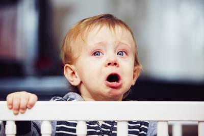 ребенок истерит перед сном, ночные истерики у ребенка 3 лет